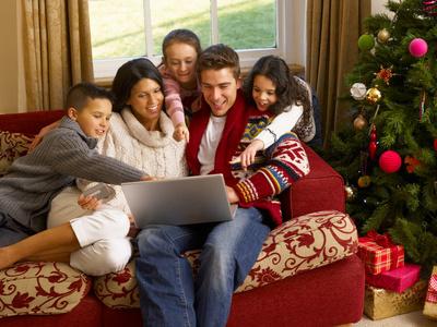 Na święta Bożego Narodzenia kupujemy więcej przez Internet
